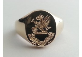 "The ""Bailey"" Family crest signet ring, available in ladies and gents sizes"