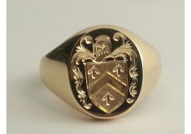 "Medium weight 9ct with your family crest any finger size available ""best seller"""