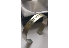 Feature hallmarked sterling silver flat torque bangle (heavyweight)