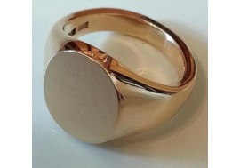 "18ct ""Classic Oxford"" oval signet ring, 12mm x 14mm , heavyweight. ( average to large gents)"