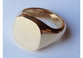 9ct Yellow Gold Cushion Sginet Ring 11mm x 12mm, 15grms,  The Classic Charles Cushion Signet Ring